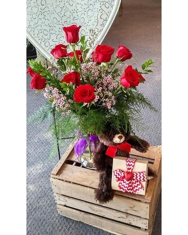 Sweetheart Bundle Flower Arrangement