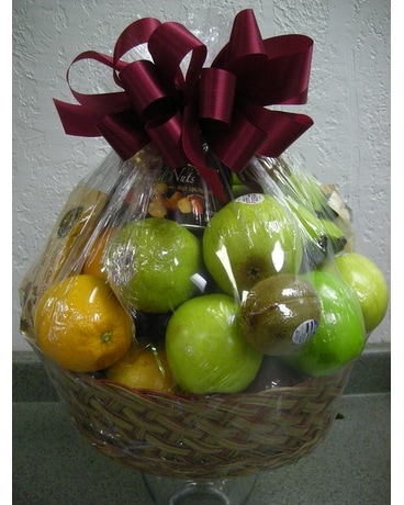 Seasonal Fruit Basket Gift Basket