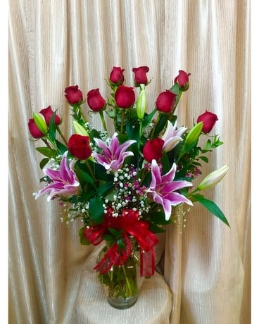 Romance Fantasy Flower Arrangement