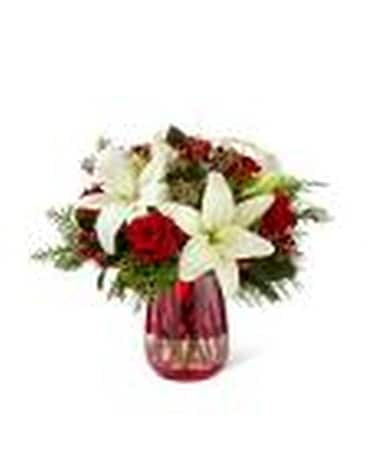 Festive Holiday Flower Arrangement