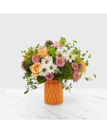 Soft and Pretty Bouquet Flower Arrangement