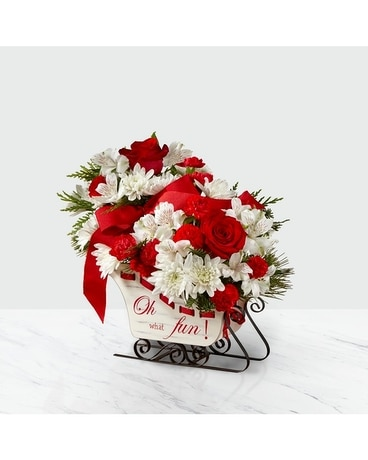 Holiday Traditions Deluxe Flowers