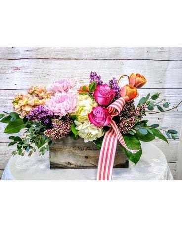 Riverside Florist Flower Delivery By The Gazebo Of The Canyon Crest