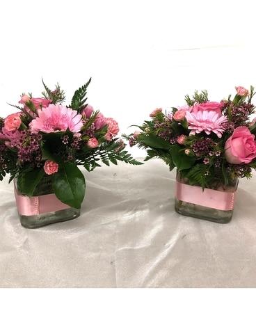 Flowers for the Wedding Reception Delivery Windsor CO - Li\'l Flower Shop