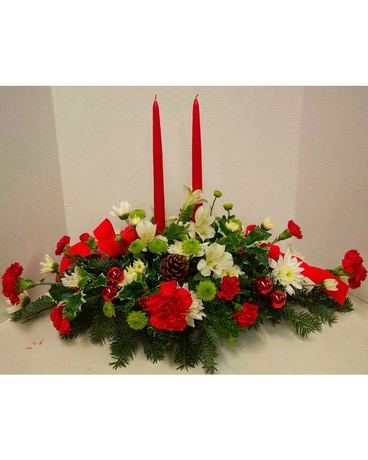 Deihls' Tradition Deluxe Flower Arrangement