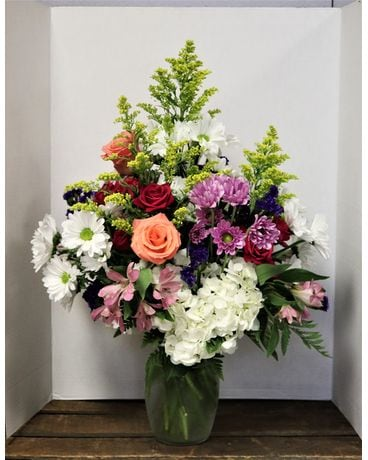 Summer Splash Flower Arrangement
