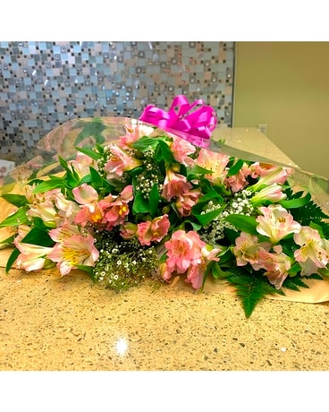 Lasting Flowers bouquet of Alstroemerias Flower Arrangement