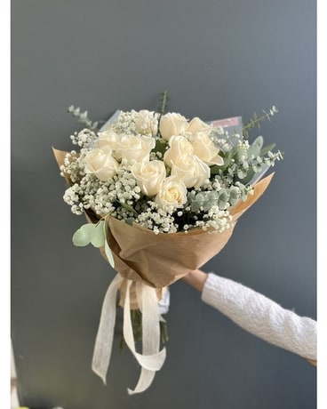 White Roses Bouquet Flower Arrangement