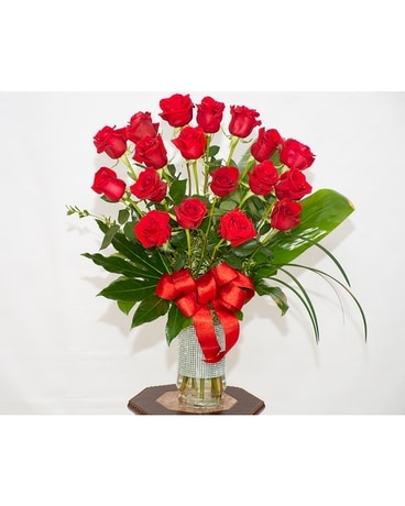 Elegance in Roses Flower Arrangement