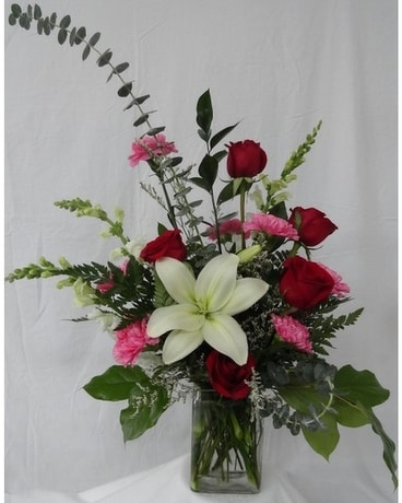Straight From The Heart Flower Arrangement