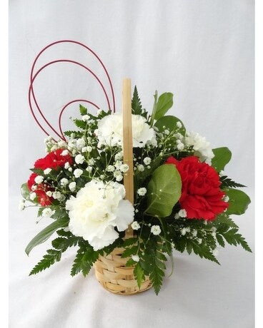 Simply Red Flower Arrangement