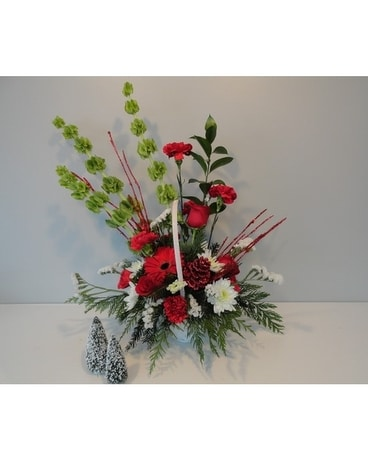 Holiday Homecoming Basket Flower Arrangement