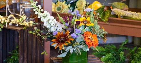 Have flowers delivered at the same time each week to your home from Palmer Flowers!