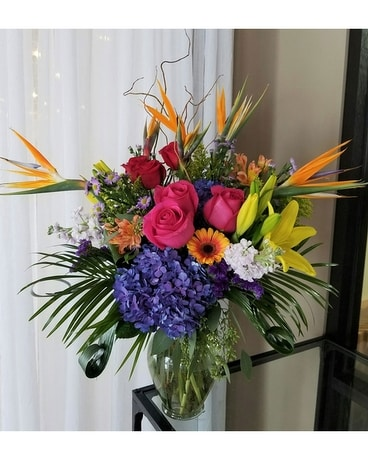 Tropical Love Flower Arrangement