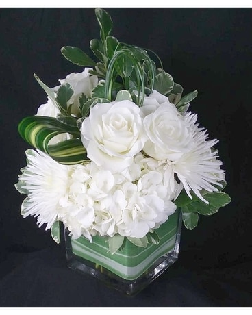 Summertime Snow Flower Arrangement