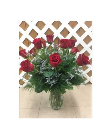 Red Roses with Limonium