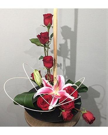 Lafayette Florist Contemporary Rose Arrangement Flower Arrangement