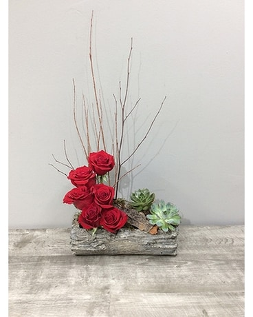 Woodsy Roses Flower Arrangement