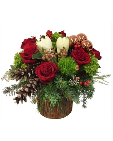 Woodland Christmas Flower Arrangement