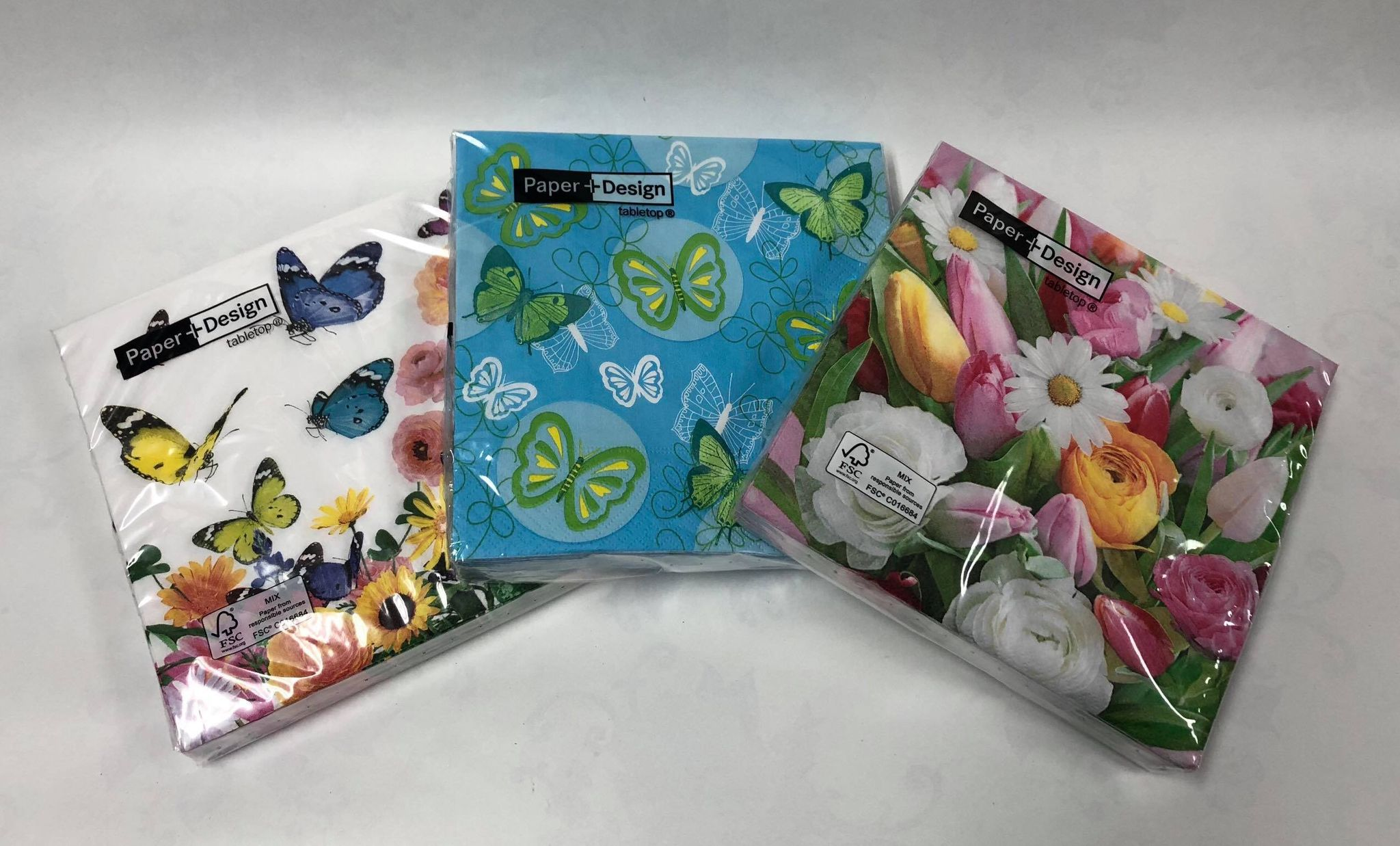 Assorted  large paper napkins