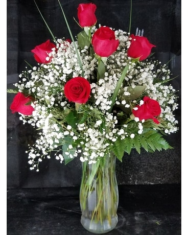 R001 Dozen Rose Arrangement