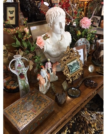 Antiques and Giftware Custom product