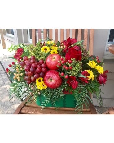 Fresh gardens Flower Arrangement