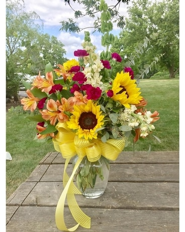 Sunshine bloom Flower Arrangement