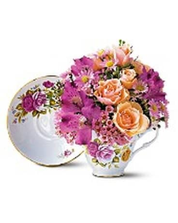 Pink Roses Teacup Bouquet In Kitchener On Camerons Flower Shop