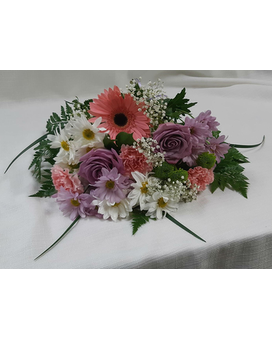 Lovely and Light Bouquet Flower Arrangement