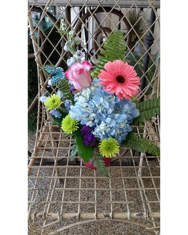 SIMPLY FRENCH Flower Arrangement