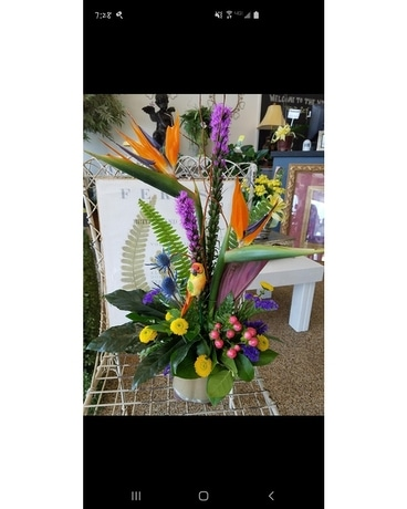 DAD'S PARADISE Flower Arrangement