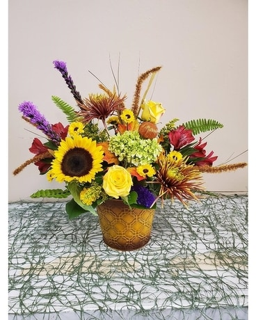 FALL RADIANCE Flower Arrangement