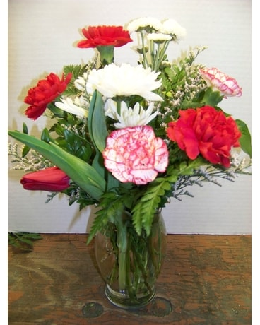 RED AND WHITE VASE Flower Arrangement