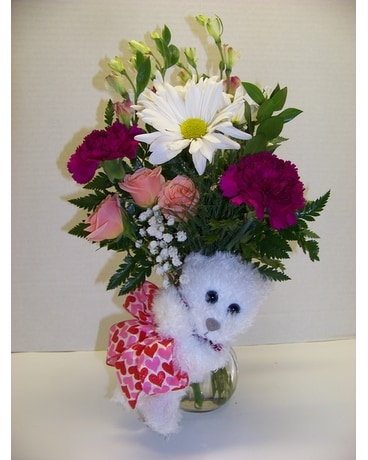 LITTLE BEAR HUG Flower Arrangement