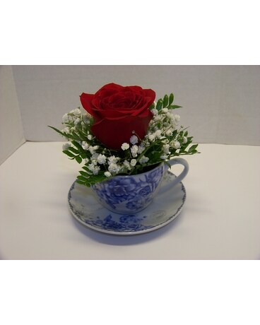 BLUE TEA CUP ROSE Flower Arrangement
