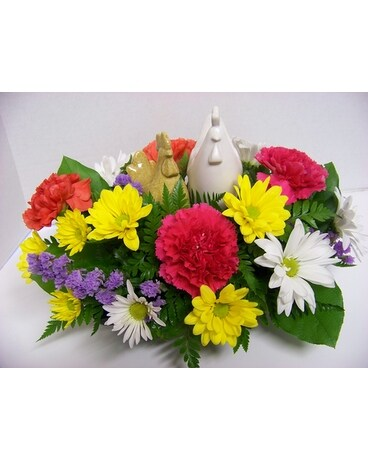 CLUCK CLUCK Flower Arrangement