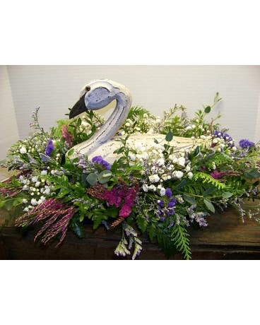 COUNTRY GOOSE Flower Arrangement