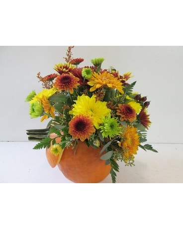 Fresh Pumpkin Centerpiece (HS-395) Flower Arrangement