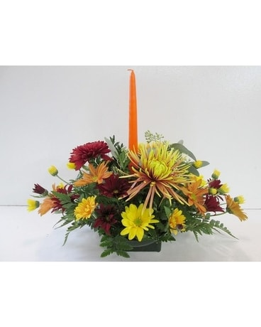 Traditional Centerpiece with candle (HS-402) Flower Arrangement