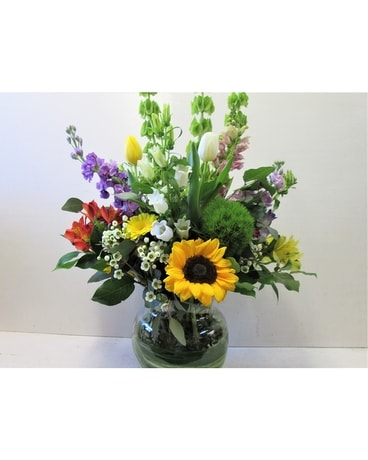Grand Rio Vase (HS-723) Flower Arrangement