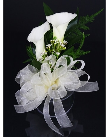 Send corsages and boutonnieres in ontario california ca suzanns mini calla corsage mightylinksfo