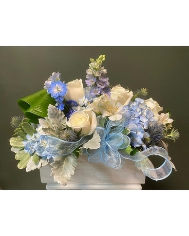 Rustic Box Arrangement - Designer's Choice Flower Arrangement