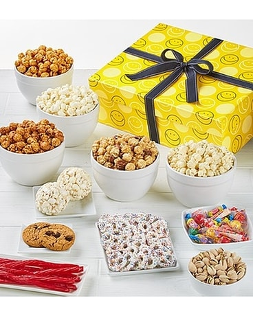 The Popcorn Factory Smiley Dot Sampler Gift Basket