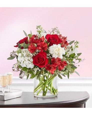 Crimson Rose Bouquet Flower Arrangement