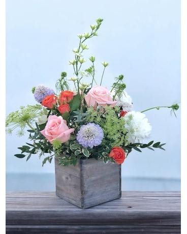 Seasonal Collection Flower Arrangement
