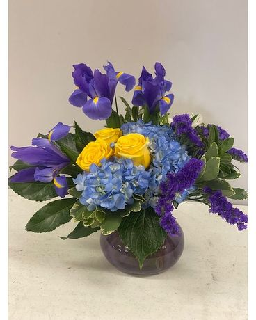 Blue Sky and Sunshine Flower Arrangement