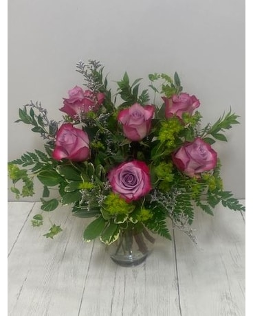 Lavender Roses Flower Arrangement