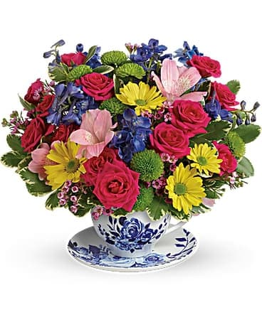 teleflora's dutch garden Flower Arrangement