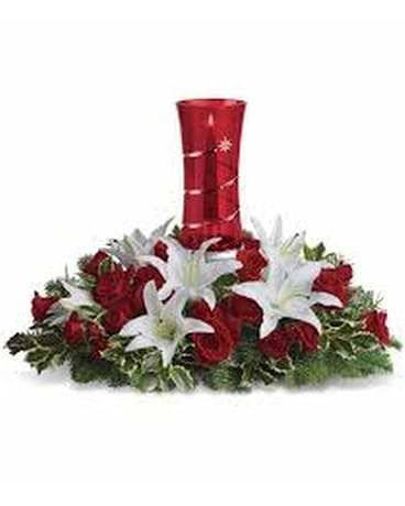 Teleflora's wondrous night centerpiece Flower Arrangement